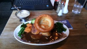 Roast beef and Yorkshire pudding pub lunches Southampton